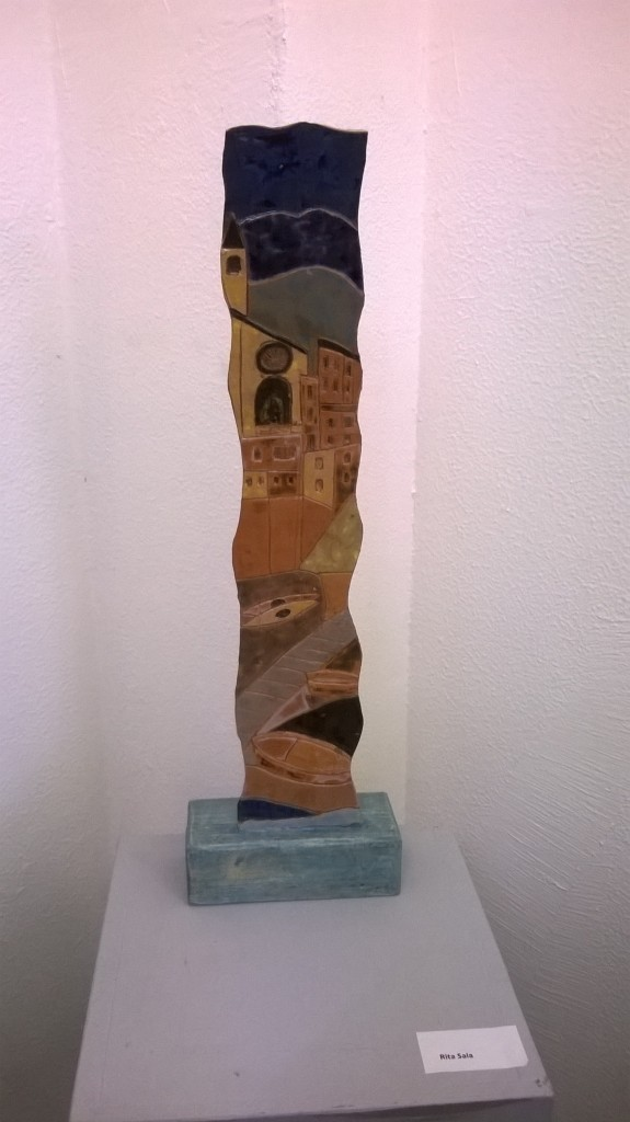Rita Sala creazione ceramica a colombino